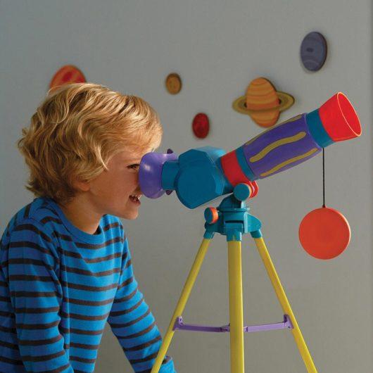 Geosafari Jr. My First Telescope - Video