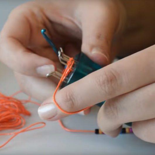Klutz Loop Loom Bracelets - Video