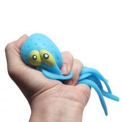 Squeezing a splash octopus